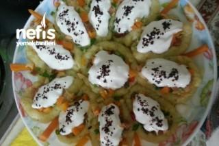 Patates Yatağında Salata Tarifi