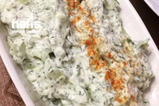 Yoğurtlu Salatalık Salatası Tarifi