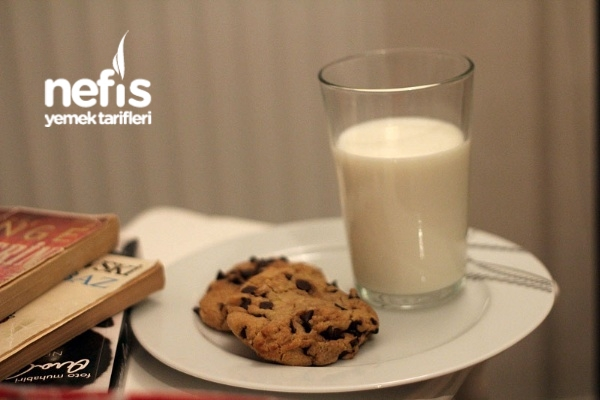 Damla Çikolatalı Amerikan Kurabiyesi Chocolate Chip Cookie Tarifi