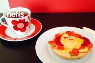 Kahvaltılık Pratik Pizza Tarifi