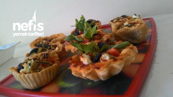 Muffin Kalıbında Milföy Pizza