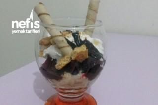 Bisküvili Meyveli Dondurma Tarifi
