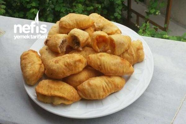 Kıymalı Patatesli Minik Börekler Tarifi