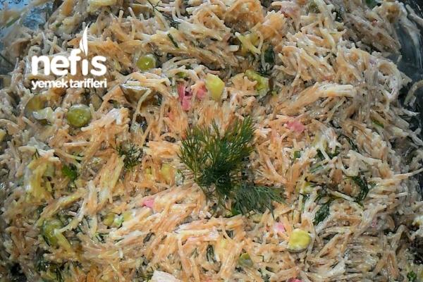 Kavruk Makarna Salatası Tarifi