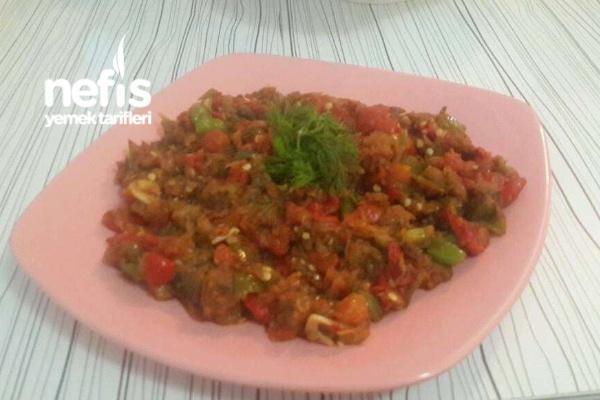 Közlenmiş Patlıcan Ve Kırmızı Biber Kavurması Tarifi