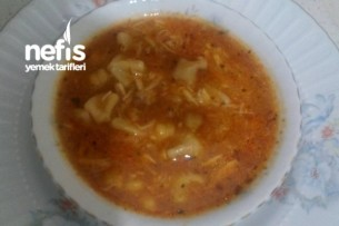 Mantılı Tavuk Çorbası Tarifi