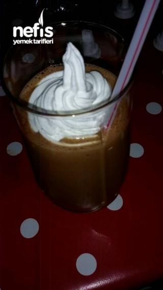 Nutellalı Dondurmalı Milkshake