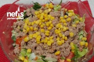 Nefis Soslu Ton Balıklı Salata