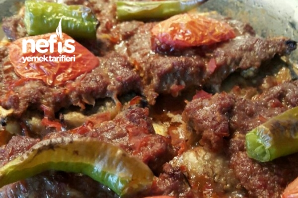 Diyet Patlıcanlı Tepsi Kebabı