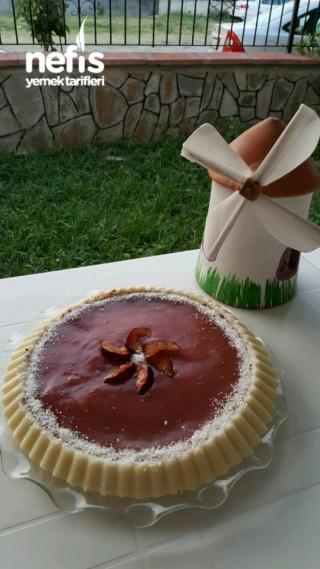 Erikli Bisküvili Sütlü İrmik Tatlısı