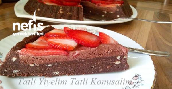 Çikolata Kremalı Çilekli Mozaik Pasta
