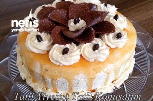 Karamelli Yaş Pasta Tarifi