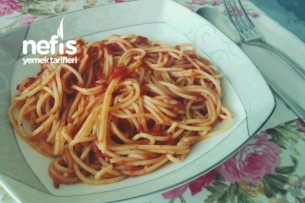Domates Soslu Spagetti Tarifi