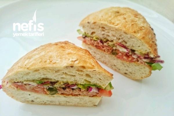 Ton Balıklı Sandviç