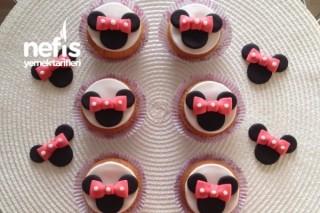 Minnie Mouse Muffin Süslemeleri (Şeker Hamuru) Tarifi