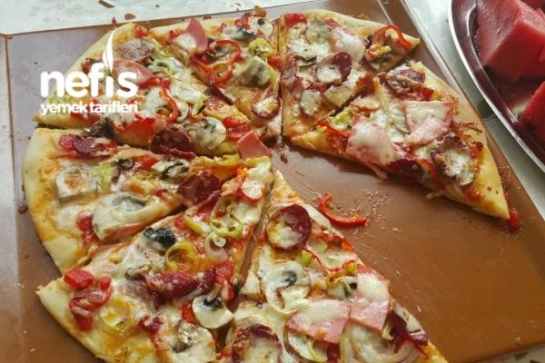 Karışık Pizza Hazırdan Daha Lezzetli Tarifi