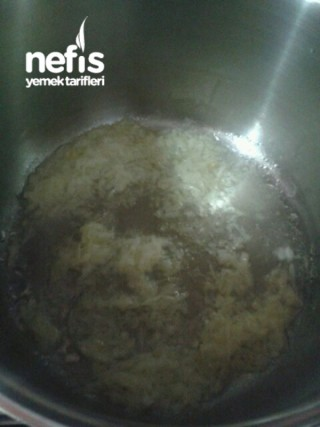 Köfteli Erişte Çorbası