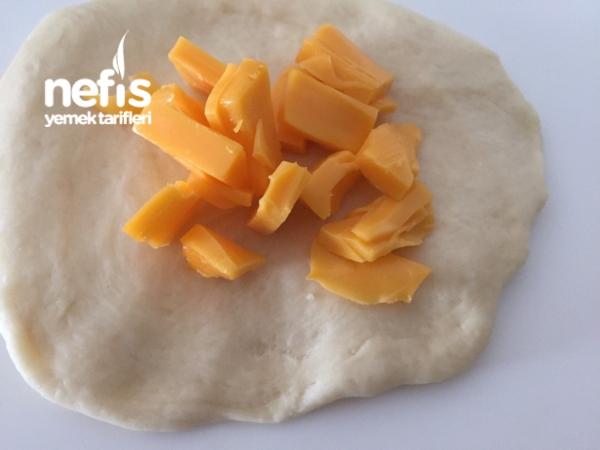 Cheddar Peynirli Poğaça