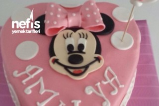 Minnie Mouse Yaş Pasta (Şeker Hamuru) Tarifi