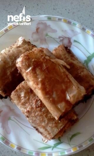 Pırasalı Haşhaşlı Börek (Baklava Yufkasıyla)