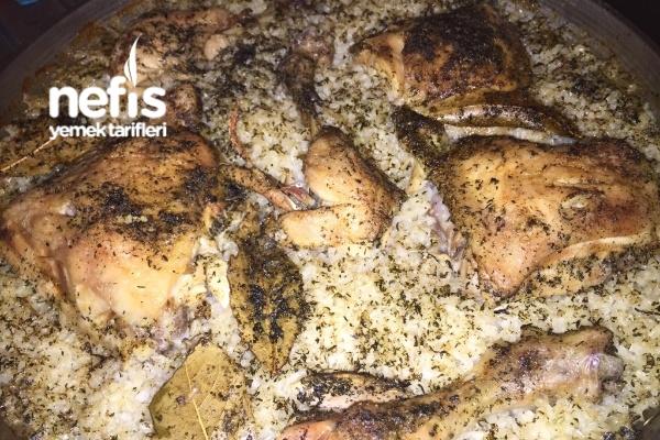 Fırında Tavuklu Pirinç