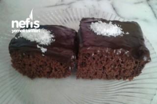 Çikolata Soslu kakaolu Kek Tarifi