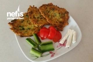 Patatesli Kabak Mücver (Çocuklara Yedirme Yolu) Tarifi