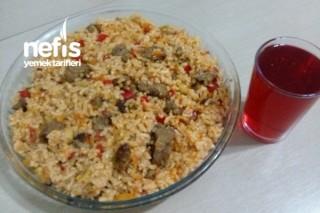 Etli Sebzeli Pirinç Pilavı Tarifi