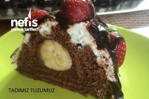 Kakaolu Çilekli Pramit Pasta Tarifi