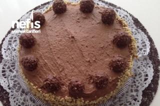 Rocher Çikolatalı Pasta Tarifi