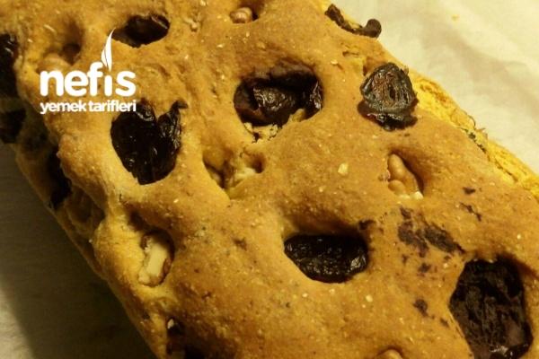 Zeytinli Ve Cevizli Mısır Ekmeği Tarifi