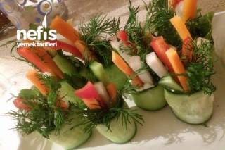 Salata Sarması Tarifi