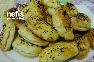 Pastane Usulü Peynirli Poğaça Tarifi