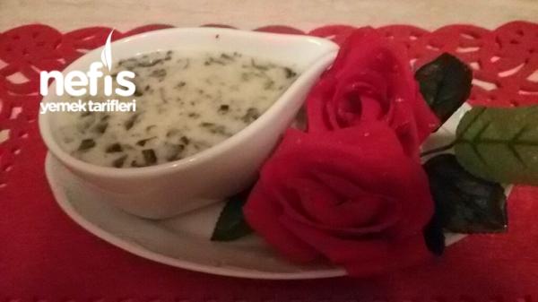Nefis Ispanak Çorbası