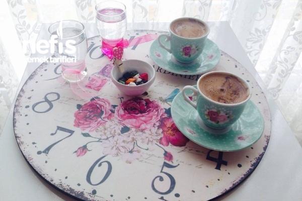 Menengiç Kahvesi Yapımı Tarifi