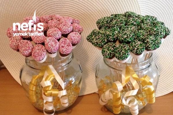 Süslü Şekerlemeler (Marshmallow Pops) Tarifi
