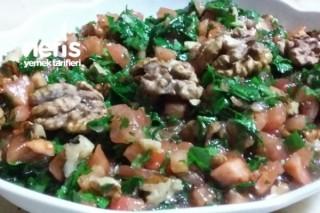 Cevizli Domates Salatası Tarifi