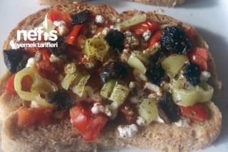 Diyet Ekmek Pizza Tarifi