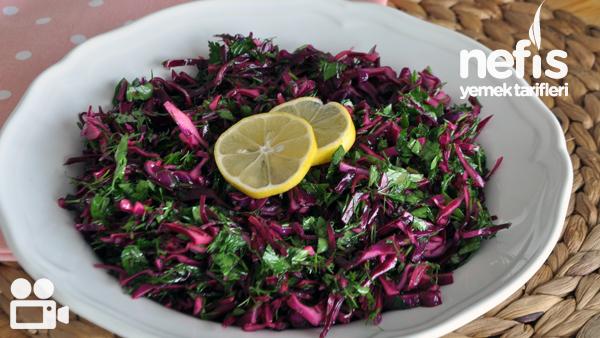 Turşu Tadında Mor Lahana Salatası (10 Dakikada) Tarifi