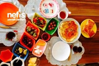 Ailemle Renkli Kahvaltı Menümüz:)) Tarifi