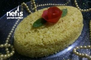 Zerdeçallı Bulgurlu Pirinç Pilavı Tarifi
