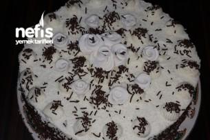 Çikolata Parçacıklı Pasta Tarifi