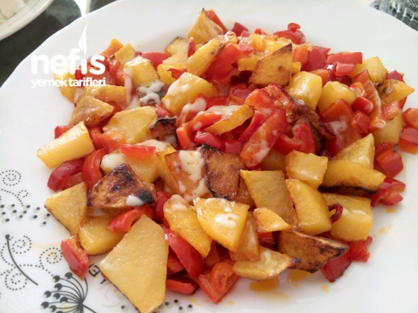 Kaşarlı Biberli Patates