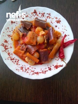 Arpacık Soğanlı Patlıcan Yemeği