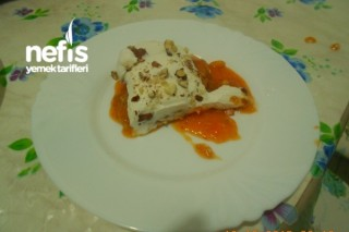 Cennet Hurmalı Pasta Tarifi