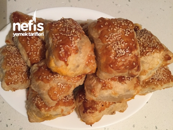 Milföy Hamurunda Pırasalı Börek