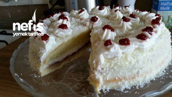 Kolay Yaş Pasta Tarifi - aygulsima - Nefis Yemek Tarifleri