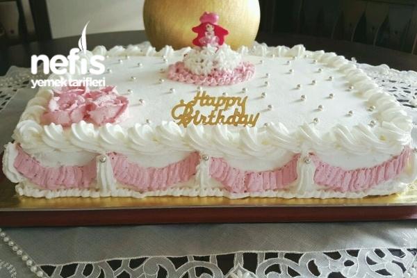 35-40 Kişilik Yaş Pasta Tarifi