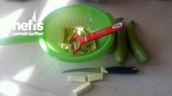 Enfes Yeşil Kabak Salatası