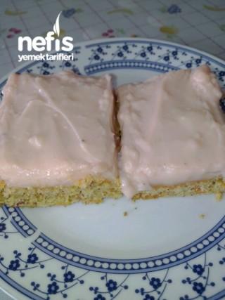 Havuçlu Kek (kremalı)